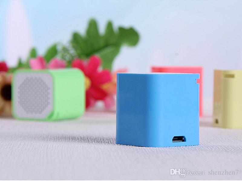 Smart Bluetooth Speaker Caja de sonido Reproductor de música Altavoz con cámara anti-perdida Función de obturador remoto Llamada libre de manos MIS120