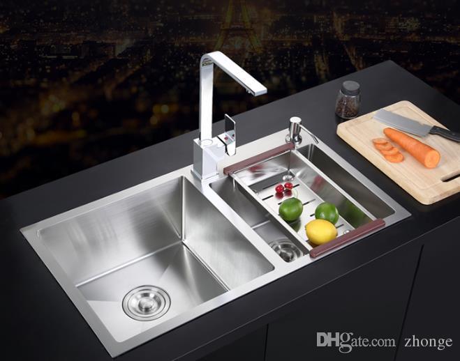 Acquista 304 Lavello Della Cucina Dellu0027acciaio Inossidabile Che Forma Uno  Spessore Sink14 Affumicato Del Bacino Del Pacchetto Dello Slot Spazzolato A  ...