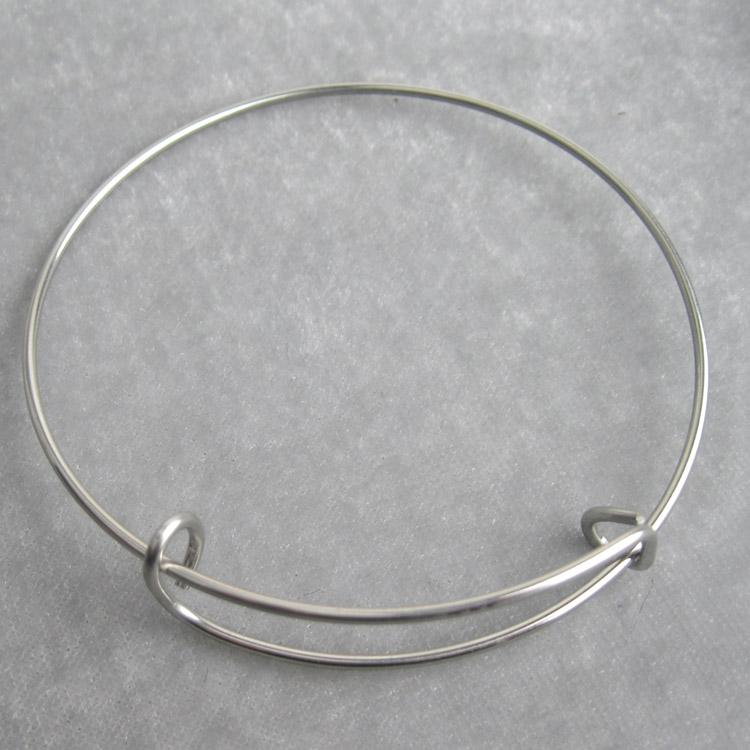 Stainless Steel Expandable Wire Bangles Adult Size 6 0cm 6