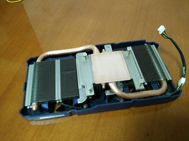 جديد الأصلي ل leadtek GTX560TI الرسومات المبرد اثنين أنابيب الحرارة النحاس أسفل مزدوجة wirh بالوعة الحرارة الملعب 51 * 61 ملليمتر