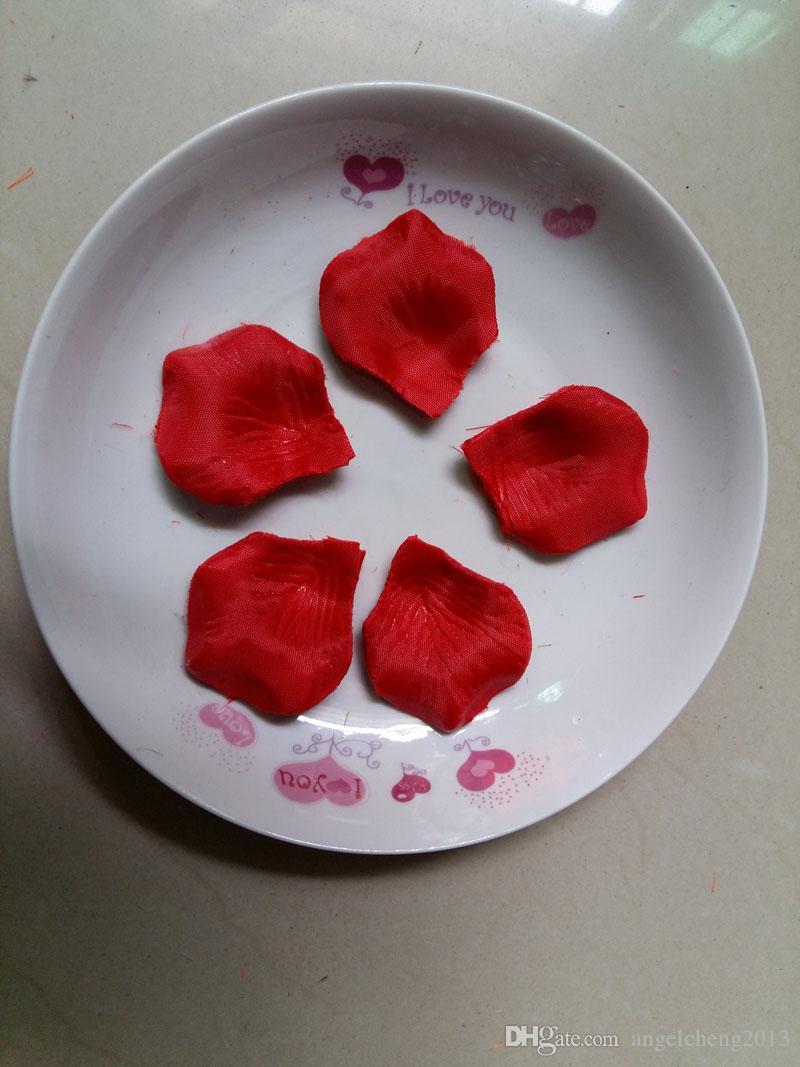 레드 웨딩 테이블 장식 실크 장미 꽃잎 웨딩 꽃은 4.5 * 5cm 용품 도매 호의