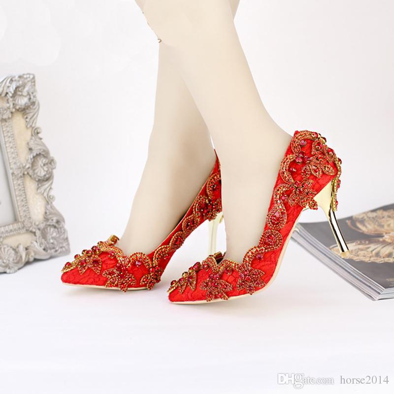 Острым Носом Высокие Каблуки Для Свадьбы Горный Хрусталь Покрыты Свадебное Платье Обувь Стилет Каблук Банкетные Насосы Белый Розовый Красный Цвет