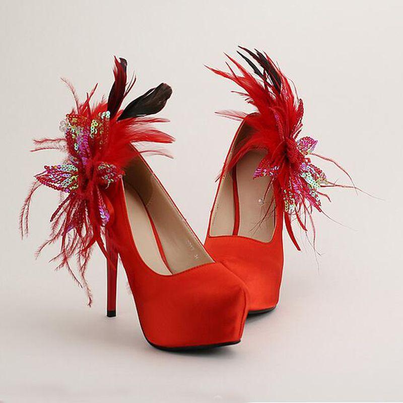 Stiletto Hak Platforms Rode Satijn Bruids Schoenen Glitter Bloem Veer RONND Teen Trouwjurk Schoenen Dames Pumps True Size