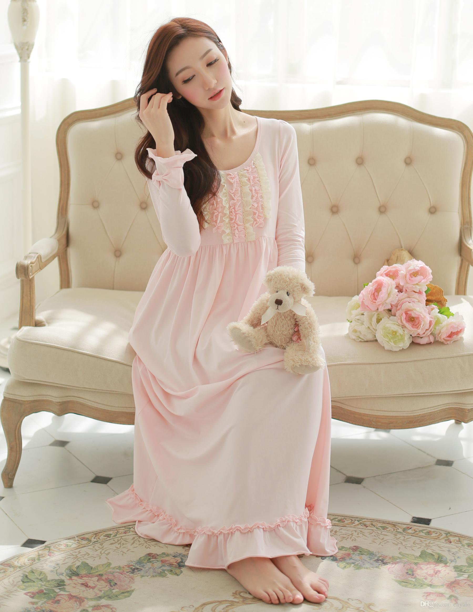 2015 NEW Women 100% Cotton Princess Nightgowns Women Long White Pink Pajamas  Royal Sleepwear Cute Nightdress S 159521b1ba