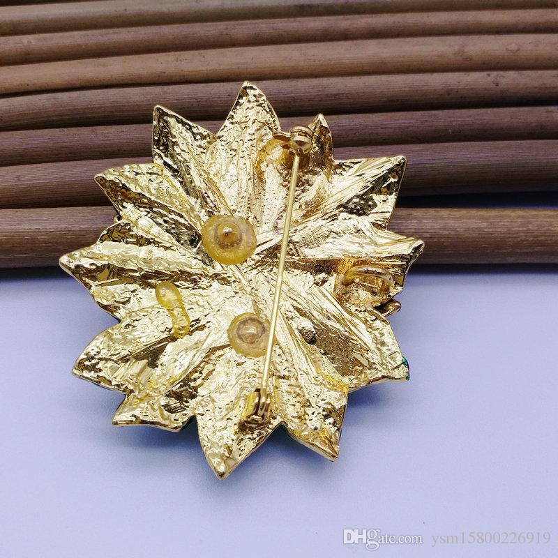 5 STÜCKE New Year Series Metalltropfen Band Bohrer Weihnachten Blume Dual-use-brosche 57 * 50 MM Schmuck Geschenk Weihnachten Dekoration Brosche