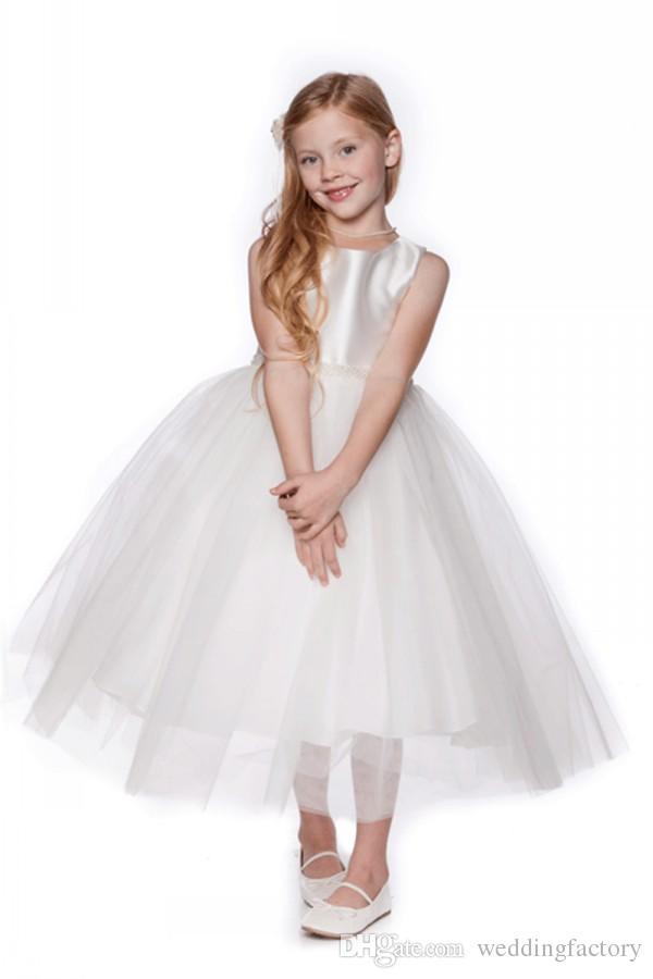 シンプルな花の女の子のドレスロングフォーマルな女の子Pageantのガウンカスタムメイドの結婚式のパーティードレスを使ってビーズベルト