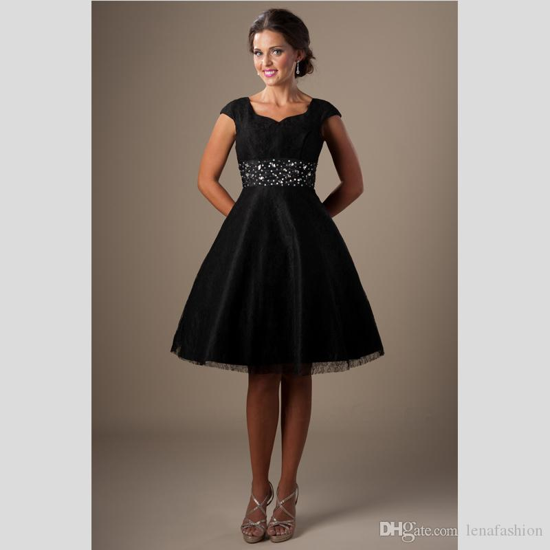 Black/White Modest Homecoming Dress Short Lace Knee Length Cap Sleeve Prom Dress