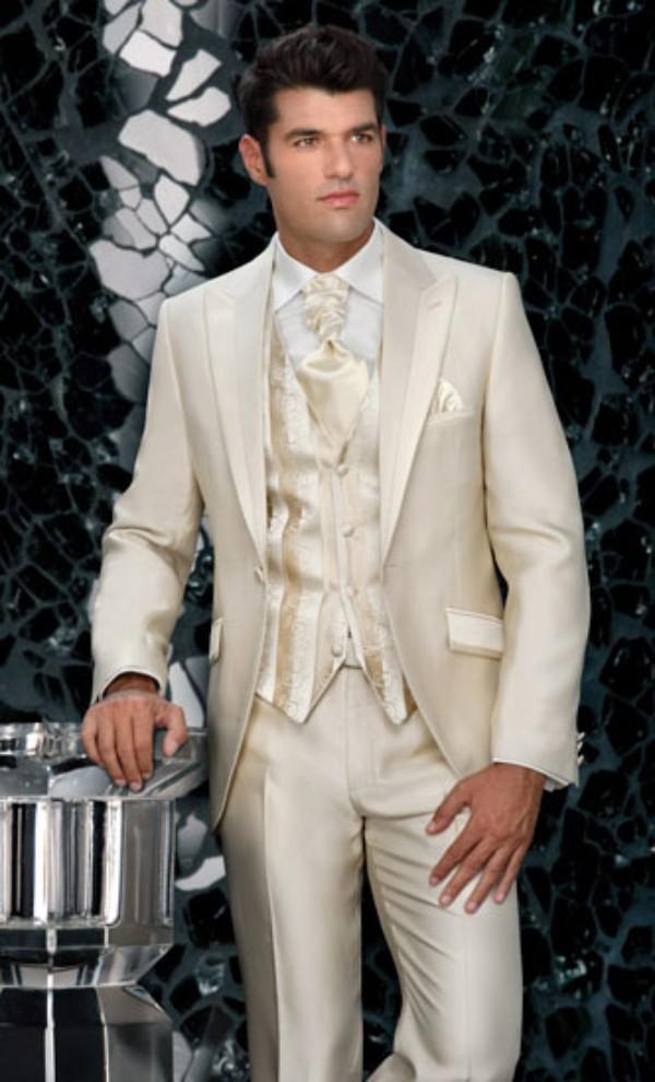 2015 Champagne Mens Wedding Tuxedos Peaked Lapel Custom Suits For Men One Button Three Piece Suit Jacket Pants Vest Tie Cheap
