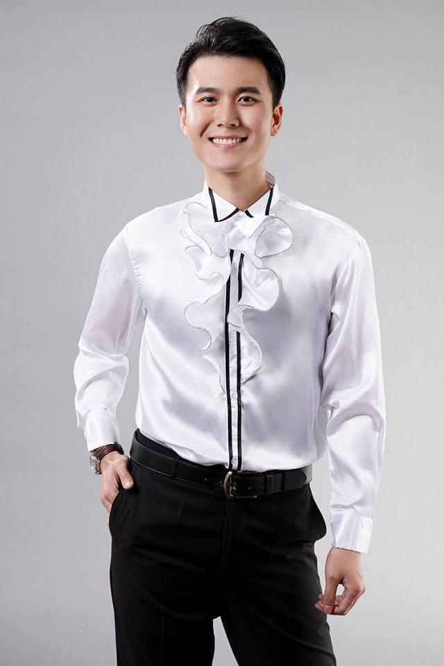 2015 White Satin Mens Prom Shirts With Ruffles Tuxedos Shirts ...