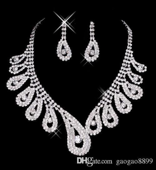 2019 Modest scintillant cristal dentelle Robes De Mariée De Luxe Cathédrale Train Robes De Mariée Real Image Plus La Taille Robe De Mariage Pnina Tornai