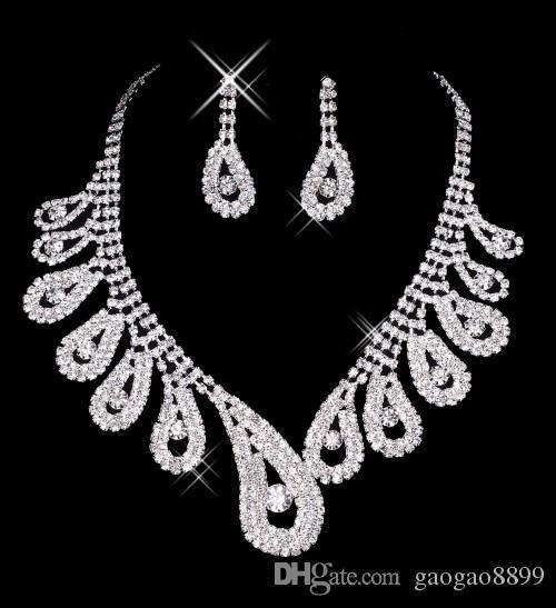 2019 Modest sparkly Lace Cristal Vestidos De Noiva De Luxo Catedral Trem Vestidos de Noiva Real Imagem plus size vestido de noiva Pnina Tornai