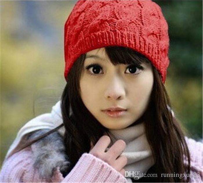heißer Verkauf warme Mütze Frauen stricken Winter warme häkeln Hut geflochtene Baggy Beret Beanie Cap D471