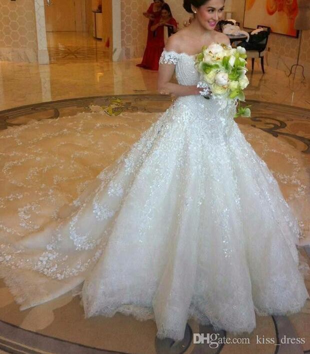 V Neck Newest Long Train A Line Wedding Dresses 2019 Off Shoulder Lace Romantic Appliques Princess Bridal Gowns Gorgeous Dazzling Beautiful