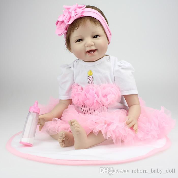 Muñeca más popular Envío gratis 22 pulgadas renacida muñeca realista de vinilo de silicona suave verdadero toque suave