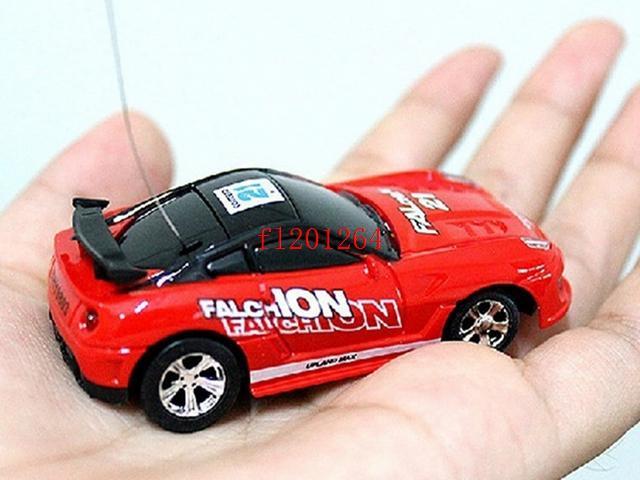 Ücretsiz kargo Mini-Racer Uzaktan Kumanda Araba Coke Mini RC Radyo Uzaktan Kumanda Mikro Araba Yarışı 8 Renk
