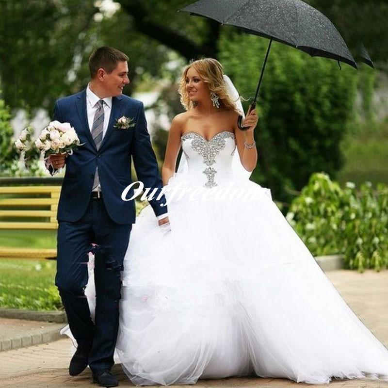 새 도착 섹시한 연인 흰 Tulle 웨딩 드레스 2019 결정 볼 가운 웨딩 드레스 Vestido De Noiva