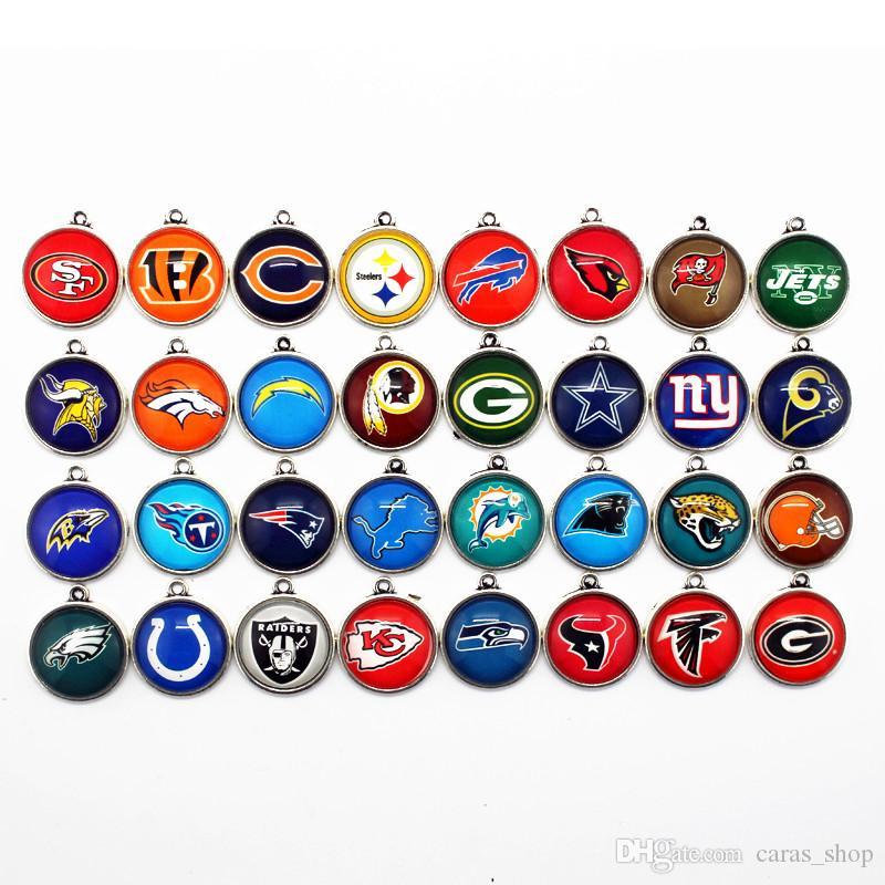 32 ADET Mix 32 Tasarımlar Futbol Spor Takılar Dangle Asılı Charms DIY Bilezik Kolye Takı Aksesuar Amerika Spor istakoz kapat Charms