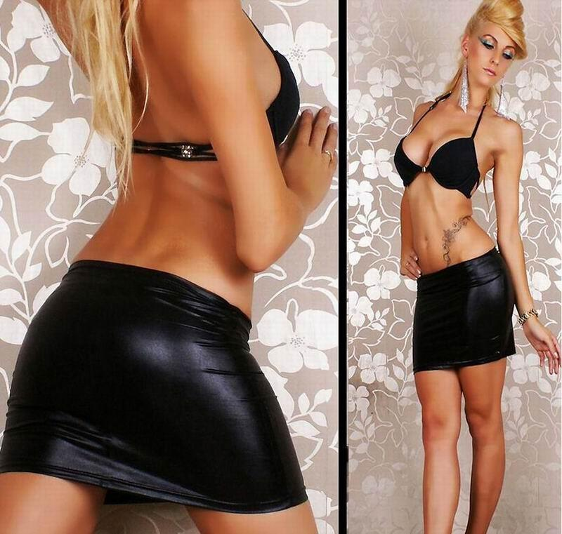 black-tight-skirt-ass