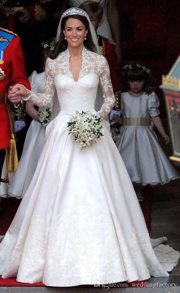 見事なケイトミドルトンのウェディングドレスロイヤル控えめなブライダルガウンレース長袖フリル大聖堂の訓練の習慣高品質の花嫁