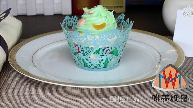 100 pz Laser Cut Hollow Farfalla Cupcake Cake Cup Decorazione Forniture Wrapper Liner la Festa Nuziale Birhtday