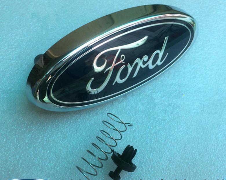 Logotipo de la marca de la insignia del emblema de la parrilla delantera de 1.8 litros para FORD FOCUS 2 2005-2013