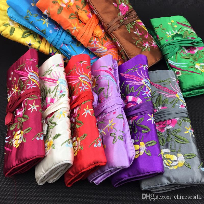 Flor de bordado Aves Tela de seda Joyería Enrollado Bolsa de almacenamiento de viaje Portátil Bolsa de cosméticos grande Mujeres Cordón Maquillaje bolsa 5 unids / lote