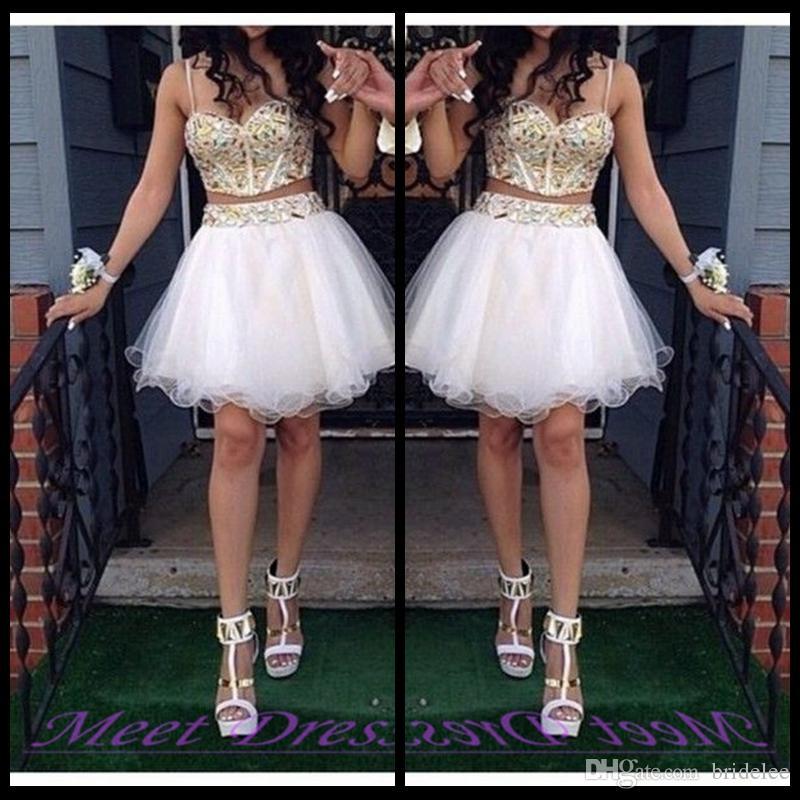 2020 Abiti da ballo a ballo a due pezzi a buon mercato Abiti da ritorno con cinghie perline in oro Tulle Bianco Breve Prom Dress Dolce 16 abito