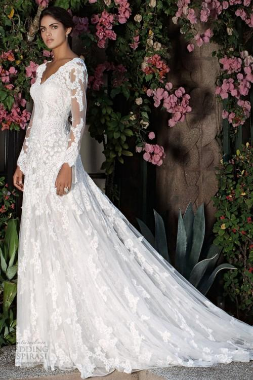 Discount 2015 Elegant Illusion Long Sleeve A Line Lace Wedding Dresses Applique V Neck Backless Organza Bridal Gowns Beads Up Back Court Train Beach