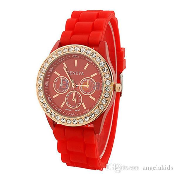 The New Silicone Geneva Lady Watch Fashion Phnom Penh Set Auger Woman Watch Girl Circular Watch Wholesale Spot Supply Heat In 2015