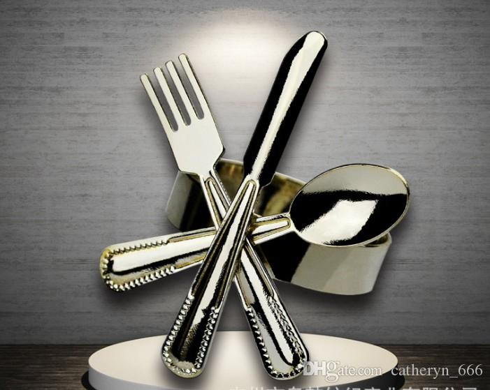 Fashion Design Wedding Napkin Round Restraurant Stainless Steel Metal Knife and Fork Shape The Club Decorative High Class Napkin Holder