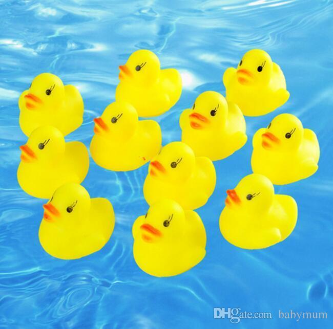 حمام الطفل لعبة الصوت راتل الأطفال الرضع البسيطة المطاط بطة السباحة يستحم الهدايا سباق صار بطة السباحة بركة متعة اللعب لعبة