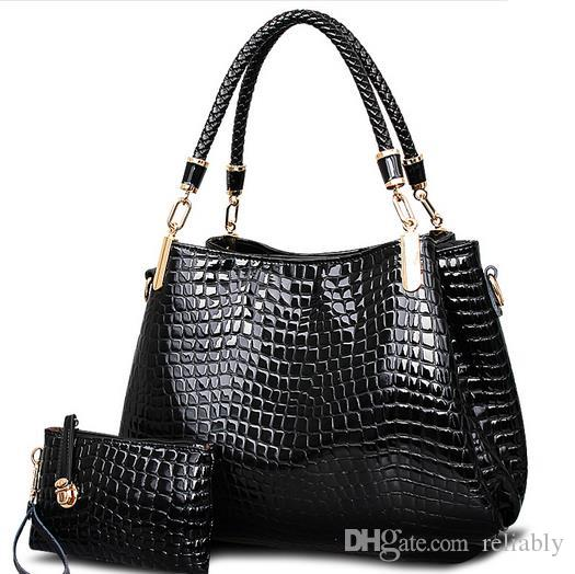 c2fe2446cb5 Genuine Leather Women S Handbag Trend Women S Crocodile Large Capacity  Cowhide Messenger Bag Handbag Shoulder Bags Leather Bags Designer Purses  From ...