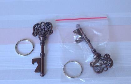 Freies DHL Expressversand 400 teile / los Klassische Kreative Hochzeit Bevorzugungen Party Zurück Geschenke für Gast Kupfer Skeleton Key Flaschenöffner