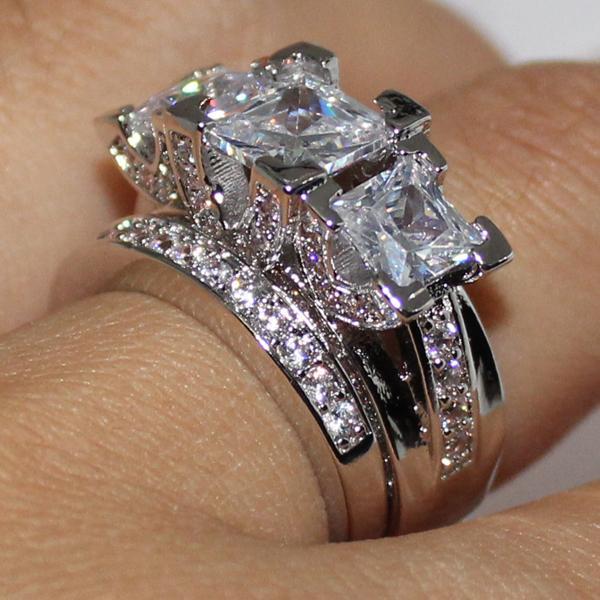 EXCLUSIVITE Lady 925 Sterling Silver Carré Diamant CZ Pavé Pierre 2 Déclaration Anneau De Mariage Ensembles Ensembles Bijoux pour Femmes