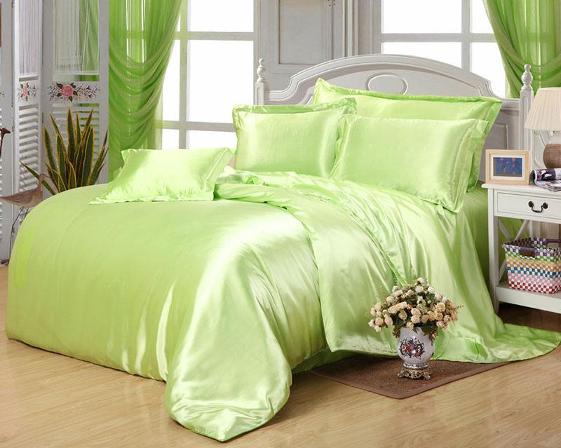 Couleur personnalisée Literie solide Green Set 50% en satin de soie Literie King Size Consolateur Ensembles Reine pleine double Taille Aménagée Couverture Lit 240108