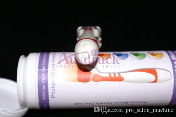 4 Färgljus LED Photon Microneedle Derma Roller 540 Nålar Dermaroller Acne Wrinkle Avlägsnande