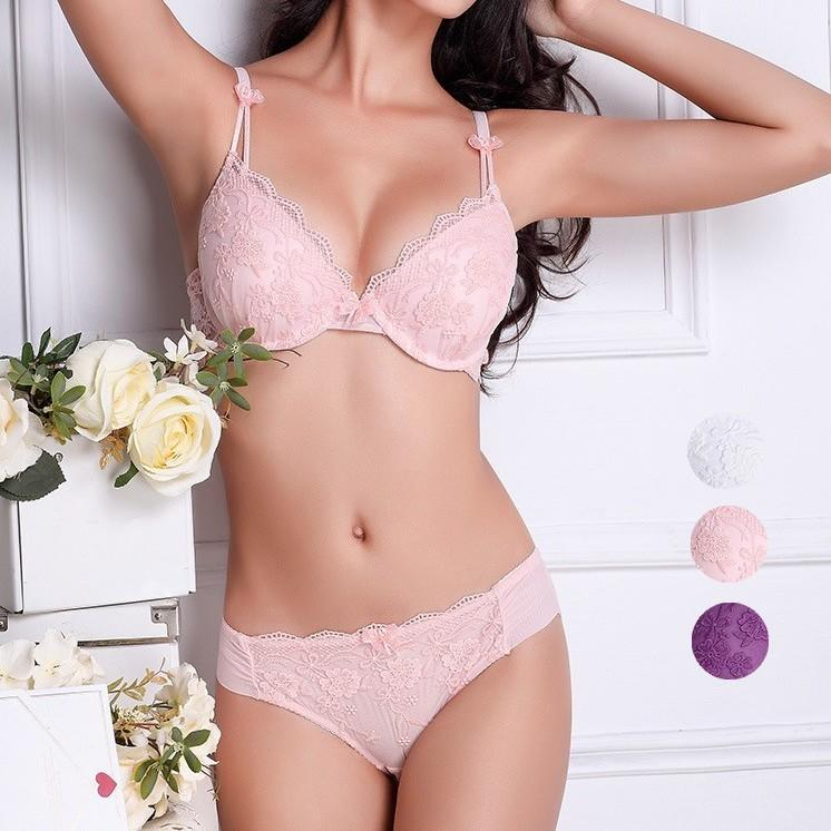 6efd06476a 2019 Drop Shipping 2015 New Women S Deep V Sexy Half Transparent Lace Bra  Brassiere Set Of Underwear Plus Size ABC 32 38 From Neinei