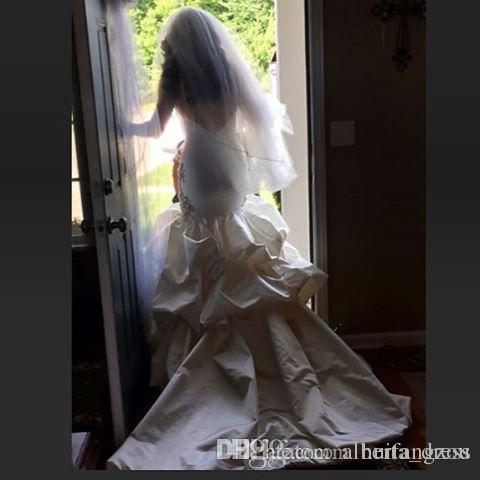 Luxe Sexy 2019 Dos Nu Robes De Mariée Appliques Cristaux Perle Robes De Mariée Spaghetti Décolleté Balayage Robe De Mariage De Longueur