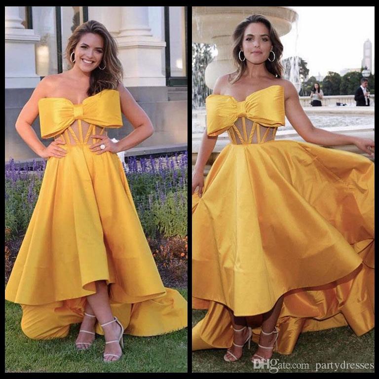 Großhandel Einzigartige 2018 Gold Prom Kleider High Low Dubai Abend ...