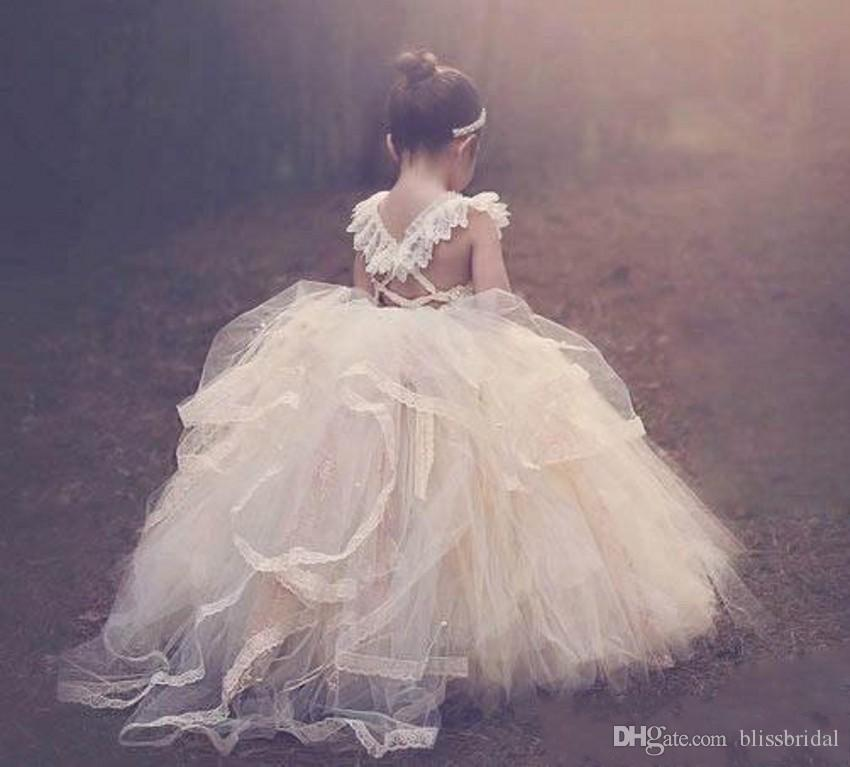 Cute Ball Gown Flower Girls Dresses 2016 Lace Up Open Back Lace Appliques Christmas Kids Party Dresses AS Gifts Soft Tulle