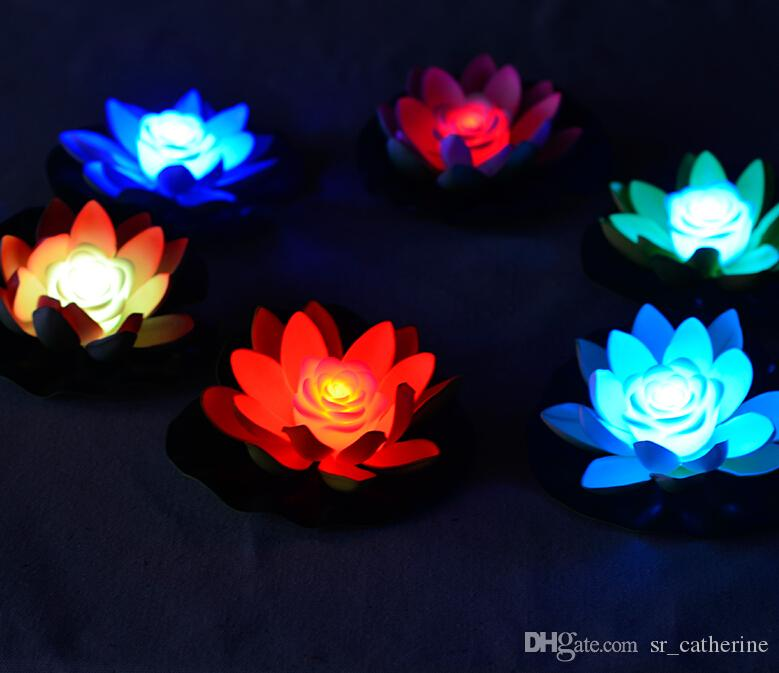 17 CM Çapı Güzel LED Yapay Lotus Çiçeği 7 Renk Değiştirme LED Lotus yüzen su çiçek ev balık tankı Süslemeleri