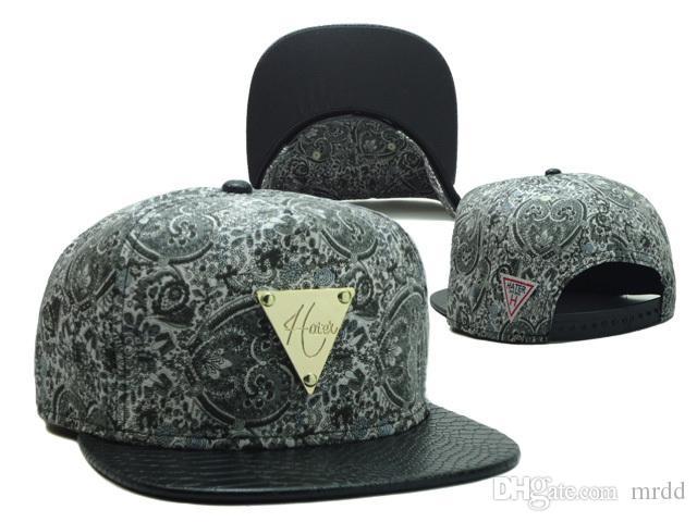 Compre 2014 Los Nuevos Sombreros De Cuero De Los Sombreros Del Snapback Del  Hater De La Venta Caliente Capsulan El Envío Libre Del Casquillo Del  Sombrero De ... 0dc23c0f0e3