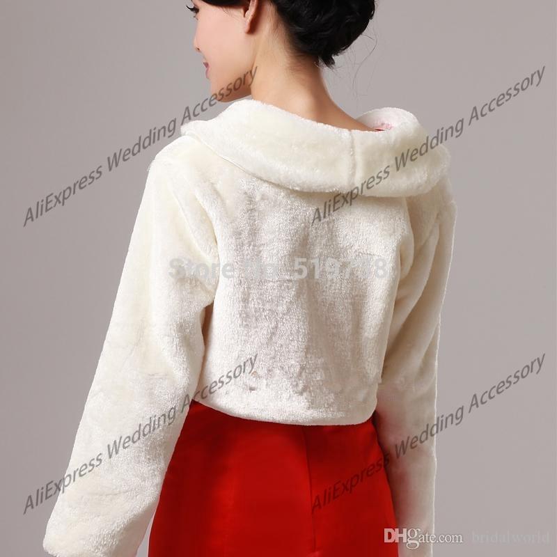 Bride Wedding Coat Wedding Accessories High Quality Faux Fur Bolero Long Sleeves Ivory Wedding Jackets Winter Warm Coats