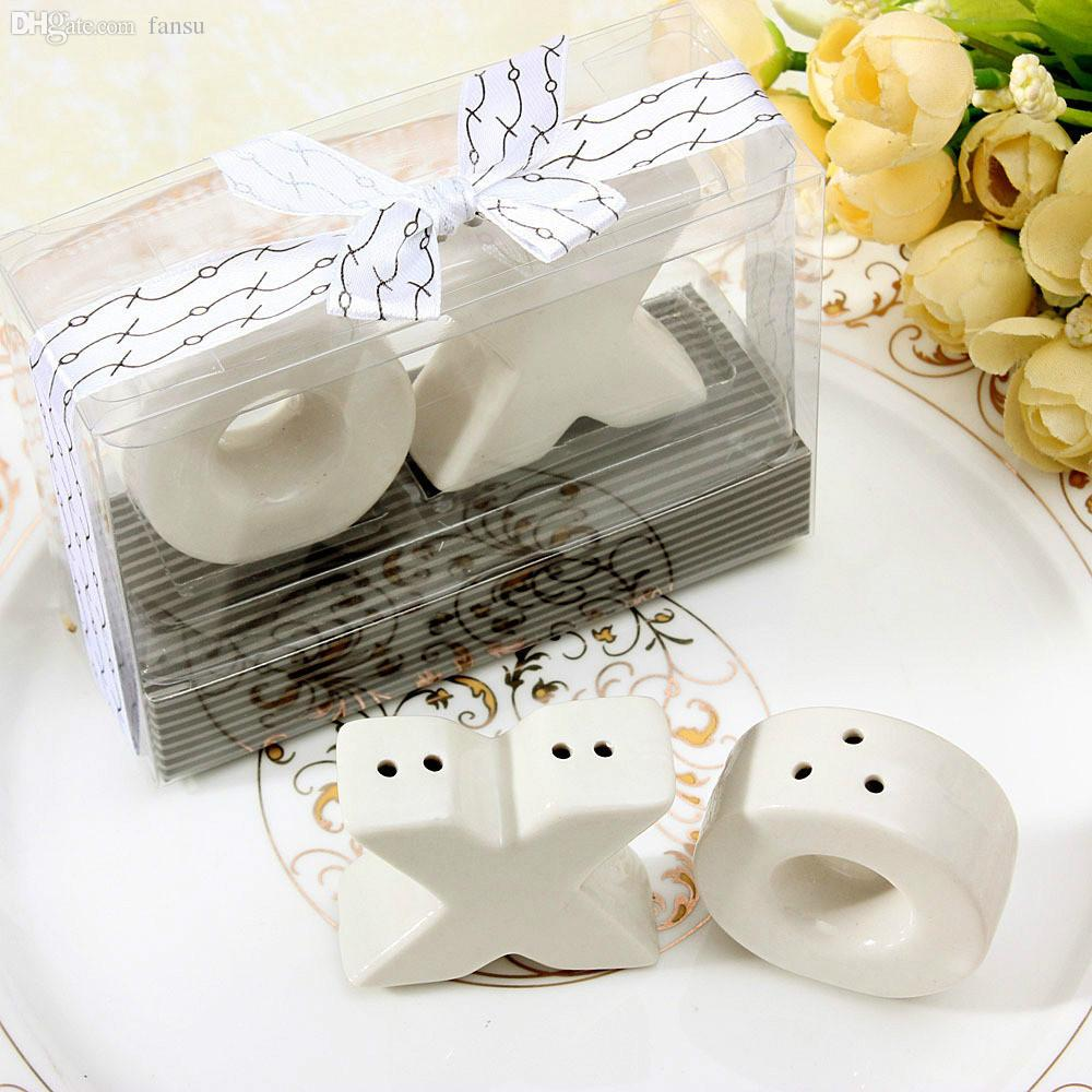 2018 Wholesale Ceramic Xo Hugs And Kisses Salt And Pepper Shakers ...