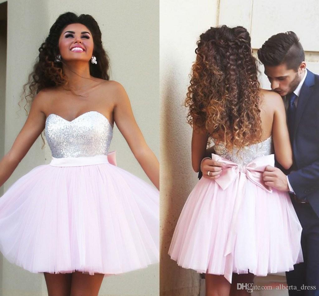 Розовые короткие платья на домохозяйстве, секвенированные вершины милые коктейльные платья с милым луком Sash Backbloet Mini Promet Party платья