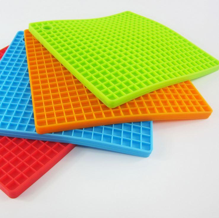 silicone mat sqaure beehive pad pot holder kitchen table mats insulation bowls pads coasters creative thickened pad. beautiful ideas. Home Design Ideas