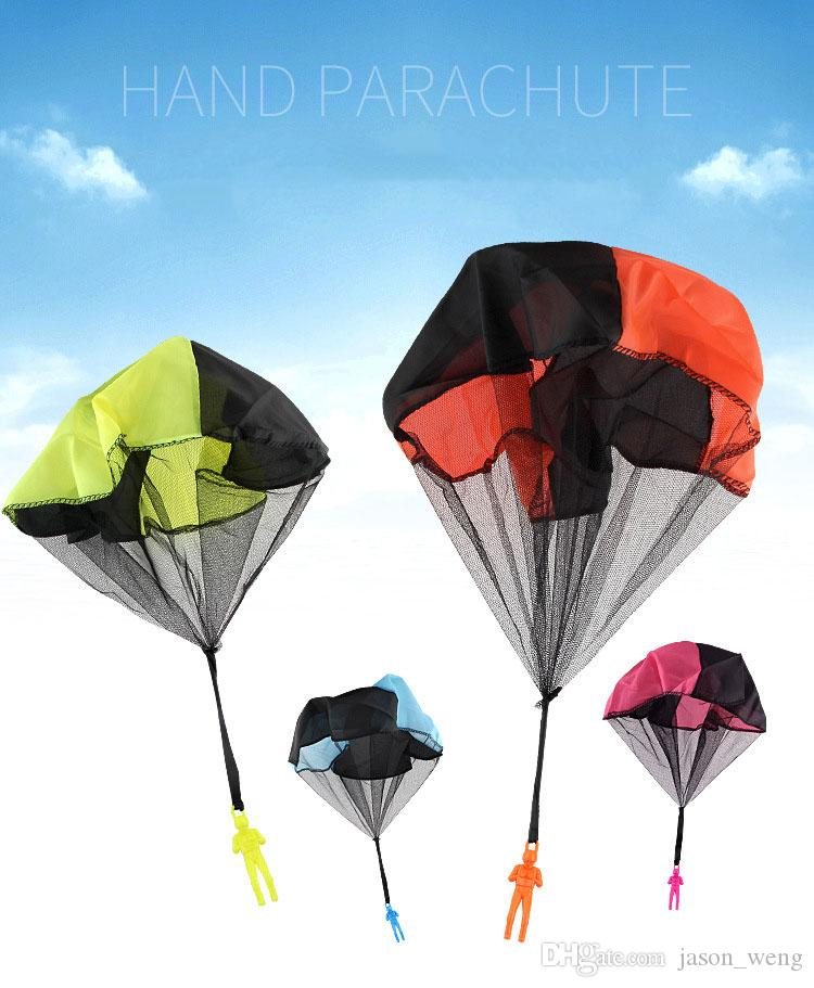 Wholesale- Mini Flying Toy Kids Hand Throwing Play Parachute Soldier man Kids Games Outdoor Sports Children's Toys For The Street
