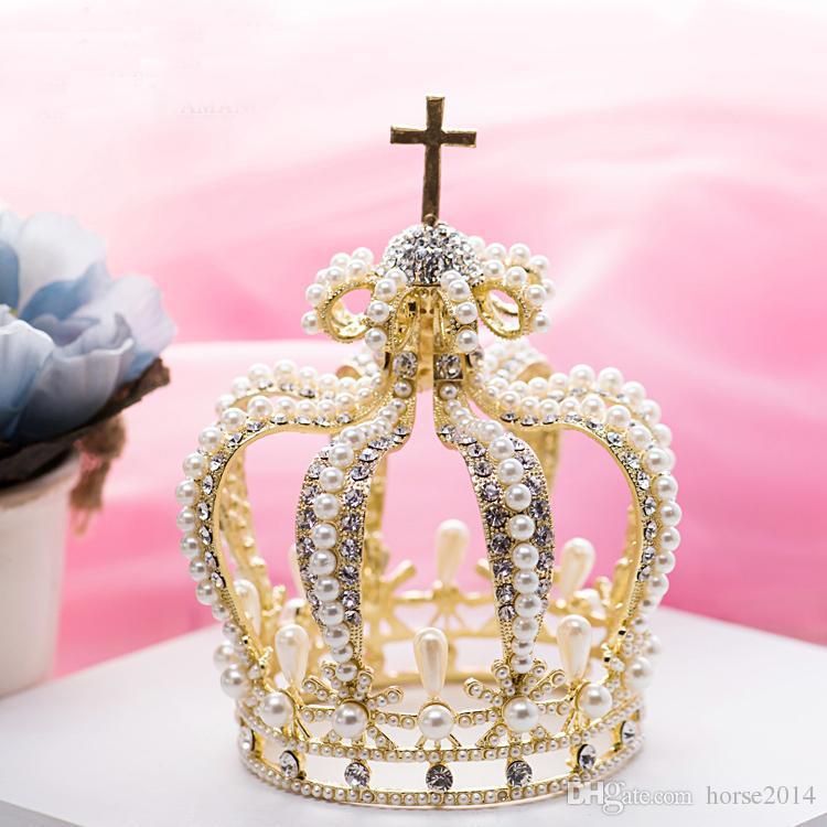 Vergoldete Legierung Strass Braut Haarschmuck Barock Königin Krone Perle Kreuz Dekoration Tiara Quinceanera Byzantine Headwear