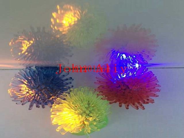 / Livraison Gratuite Gelée Douce Brillante Dans Les Feux LED Briller Anneaux De La Lumière Pour Mariage Anniversaire Faveur
