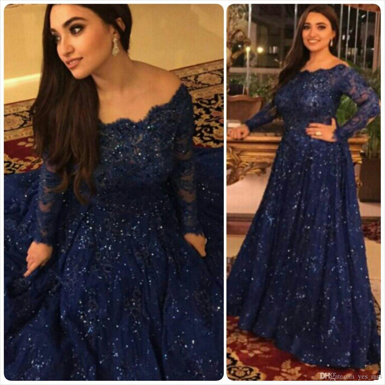 2018 Sparkly Evening Dresses Bling Scoop Neck Long Sleeve Beaded Full Lace Sweep Train Arabic Navy Blue Plus Size Party Formal Prom Gowns